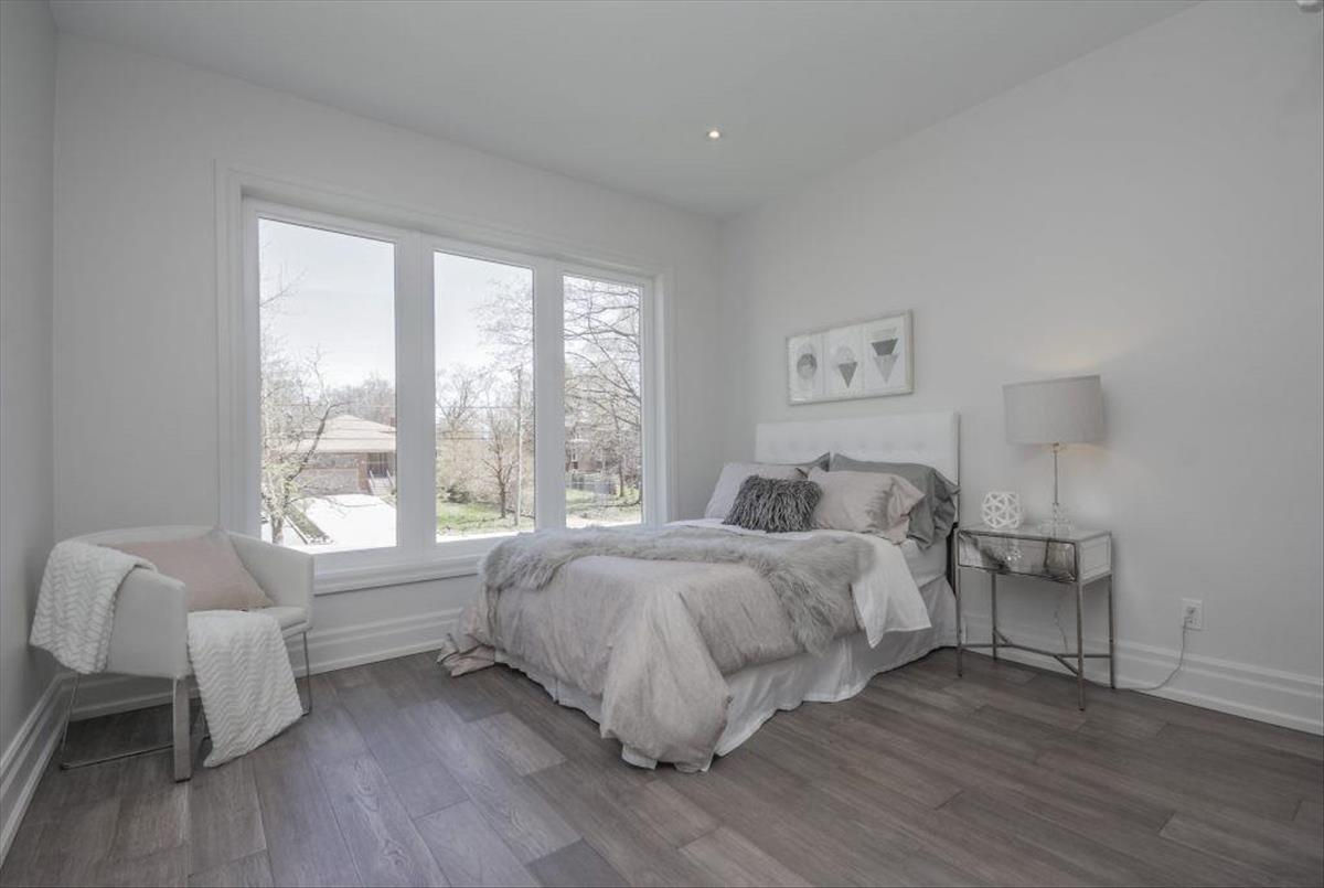 64 Larwood Blvd Toronto Melissa Perry