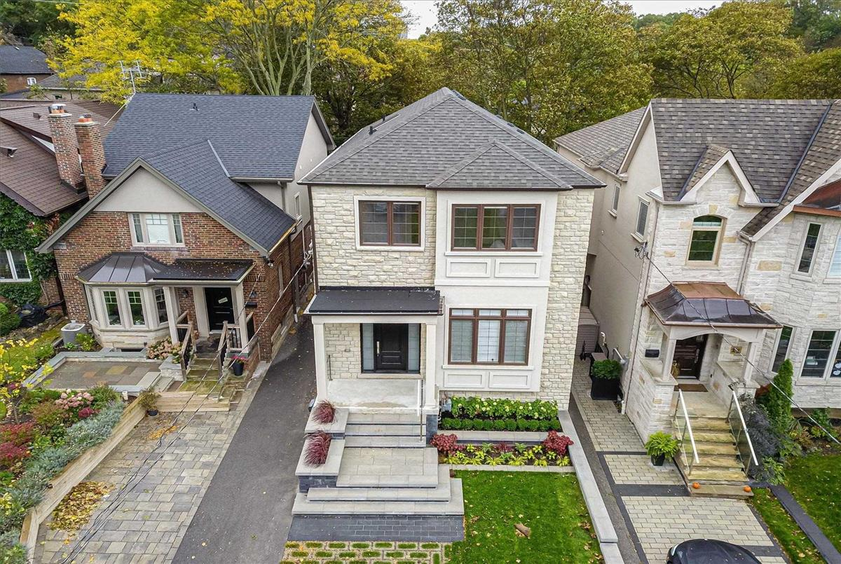 13 Armadale Ave Toronto Melissa Perry